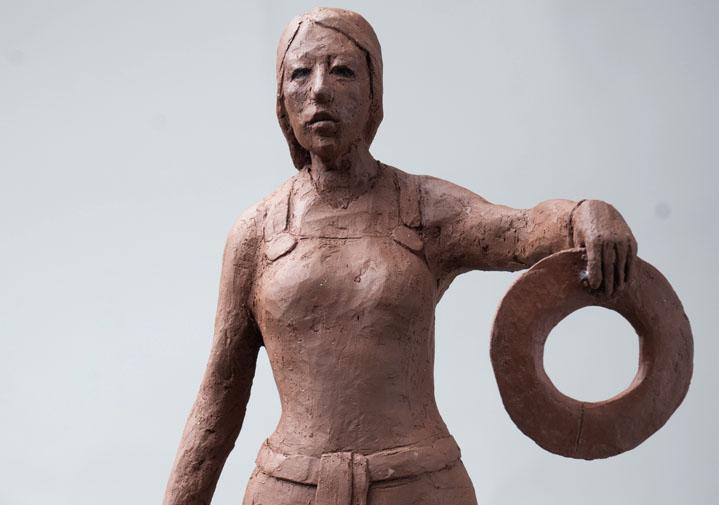 """""""Skuld"""", Terrakotta, 2014. Höjd: 31 cm"""